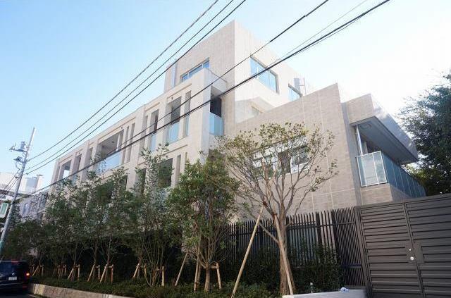 The-Park-House-Grand-Minami-Aoyama